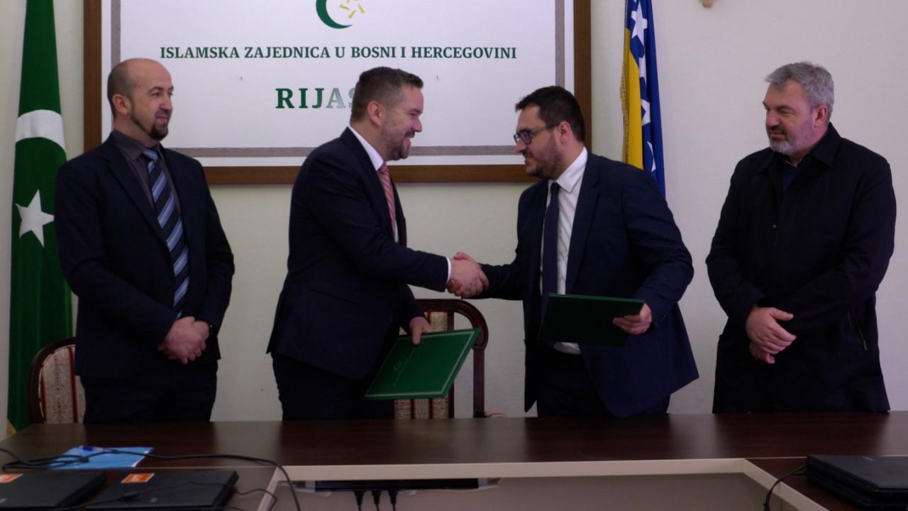 Islamska zajednica u BiH uručila Merhametu ramazansku pomoć za izbjeglice i migrante
