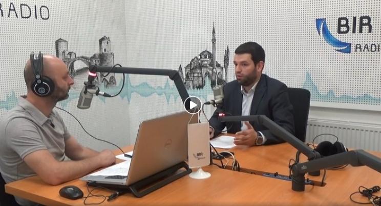 """""""O tome se priča"""" na Radiju BIR: Muhedin Garanović govorio o finansijskom poslovanju Islamske zajednice"""